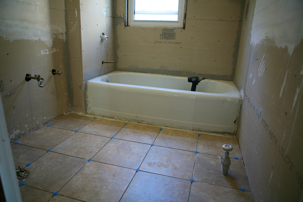 Typical Bathroom Remodel Cost Uk how much does it cost to redo a bathroom – laptoptablets